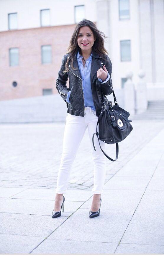 Biker negra pantalon blanco