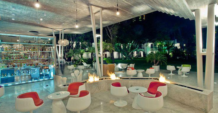 Lounge Anticavilla Hotel, Cuernavaca, Morelos, Mexico