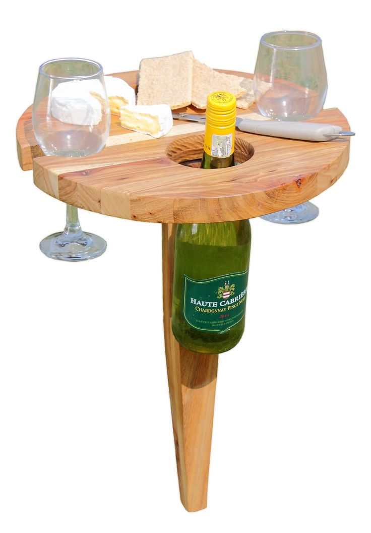 The Nkayi side table is ideal for braai's, picnics and the poolside!
