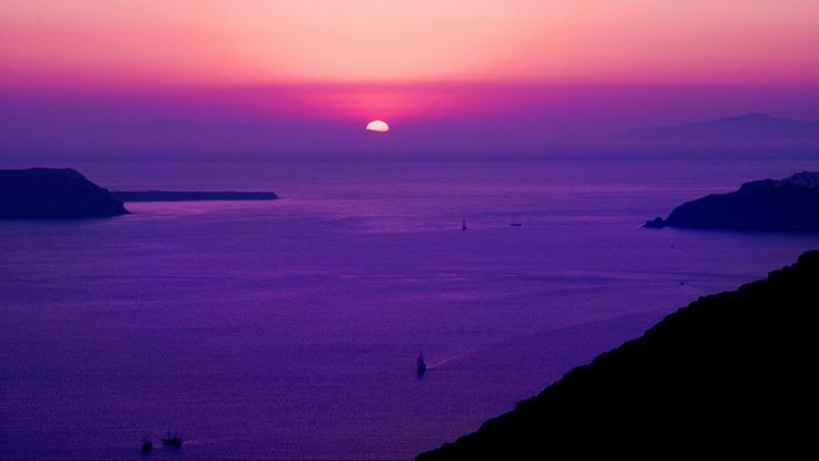 Colorful #sunset view from the main town of #Fira.