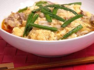 「酸辣湯風あんかけ純米めん」えごま醤油つゆ入り純米めんを使った、ほどよい酸味と辛さのあんかけ麺です。【楽天レシピ】