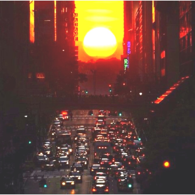 Manhattan: New York Cities, Favorite Places, Sunsets, Pictures This, 42Nd Street, Funny Photos, Maine Street, Travel, Sun
