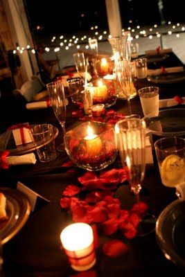 Love That Black Table Cloth With The Dark Rose Petals And Candle Light.  Would Be Awesome With Dark Brown/gold Plates. Part 70