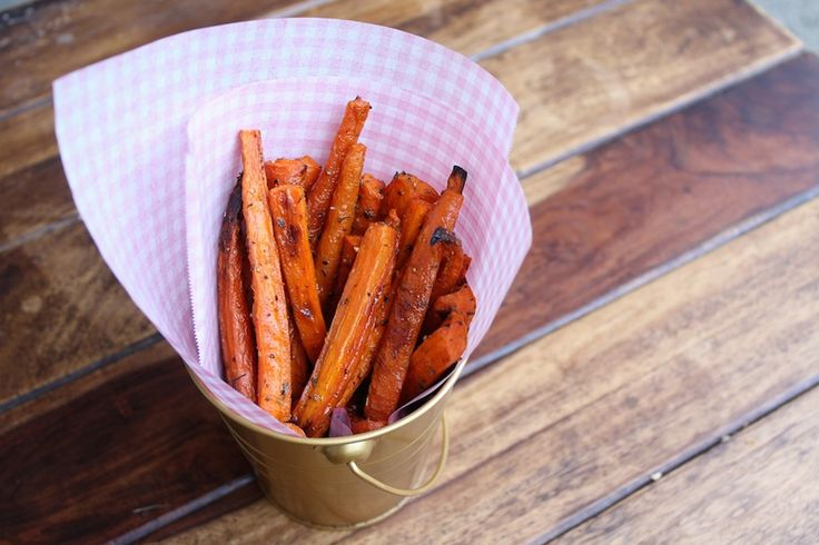 Baked Carrot Fries (Paleo & Vegan) super easy and super tasty, good use of an extra bag of carrots in my opinion :)