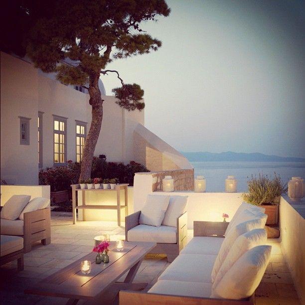 Feel home terrace design inspiration byCOCOON | terrace furniture | outdoor living | modern villa design | wellness design | Dutch Designer Brand COCOON