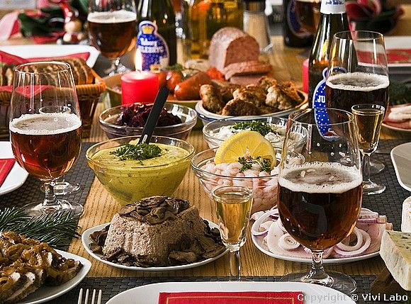 Traditional Christmas lunch served with beer and schnapps from the Denmark-pictures blog (in English).