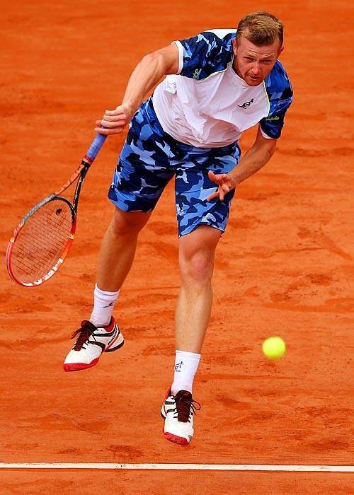 Andrey Golubev, numero 55 del ranking mondiale, ha indossato il nostro completo camouflage durante il match contro Andy Murray al ROLAND-GARROS. #RG14 #Australian #tennis #sport #sportswear #madeinitaly