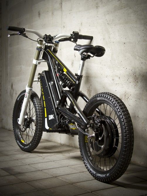 The EMX travels up to 81 miles (130 km) per charge (Street version)