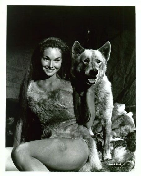 lori saunders with dog