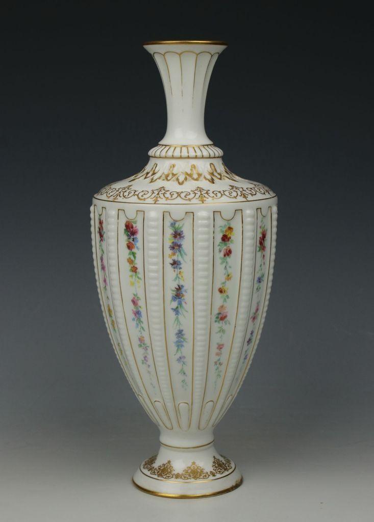 Antique 1895 Royal Worcester 1800 Vase Urn