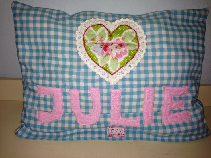 #cushion with #applique #kissenhülle #namenskissen #kissen #mädchen #girl #kid #gift #geschenk #applikation