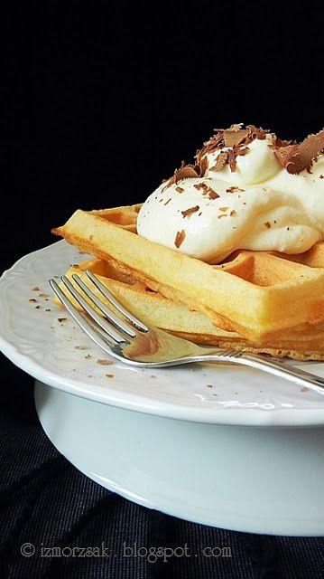 Ízmorzsák Elif módra: Az egyszerű és gyors Gofri (Waffle)