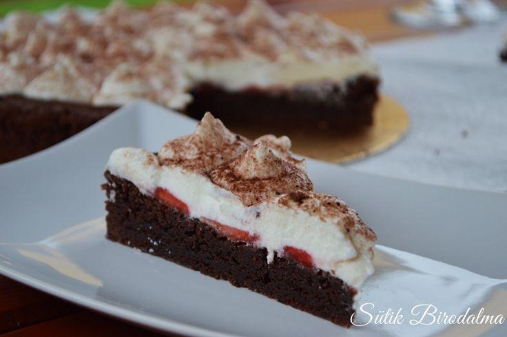 SÜTIK BIRODALMA: Epres túrós brownie