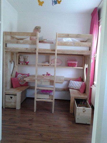 25 beste idee n over kind hoogslapers op pinterest kinderen zolder slaapkamers - Kind mezzanine slaapkamer ...