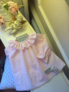 Caperucita Roja: Camisa rosa Baby's