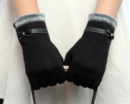 Luxusné bavlnené dámske rukavice v rôznych farbách..