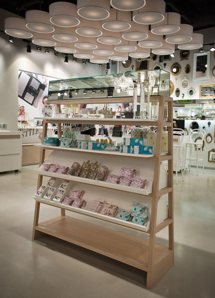 design cosmetics store - Buscar con Google