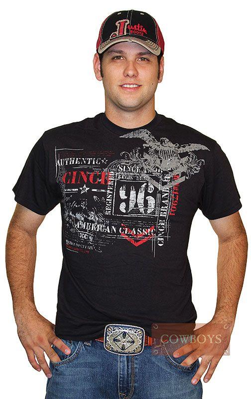 Camiseta Authentic Cinch 96   Camiseta Cinch masculina na cor preta importada, tecido de alta qualidade e de alto padrão. Peça que reúne estilo e bom gosto para o dia a dia de um verdadeiro cowboy.