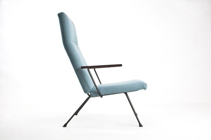 A.R. Cordemyer - 1410 Easy chair for Gispen, designed in 1959. The chair has a light blue upholstery, black metal frame and massive teak wooden armrests, in good condition.
