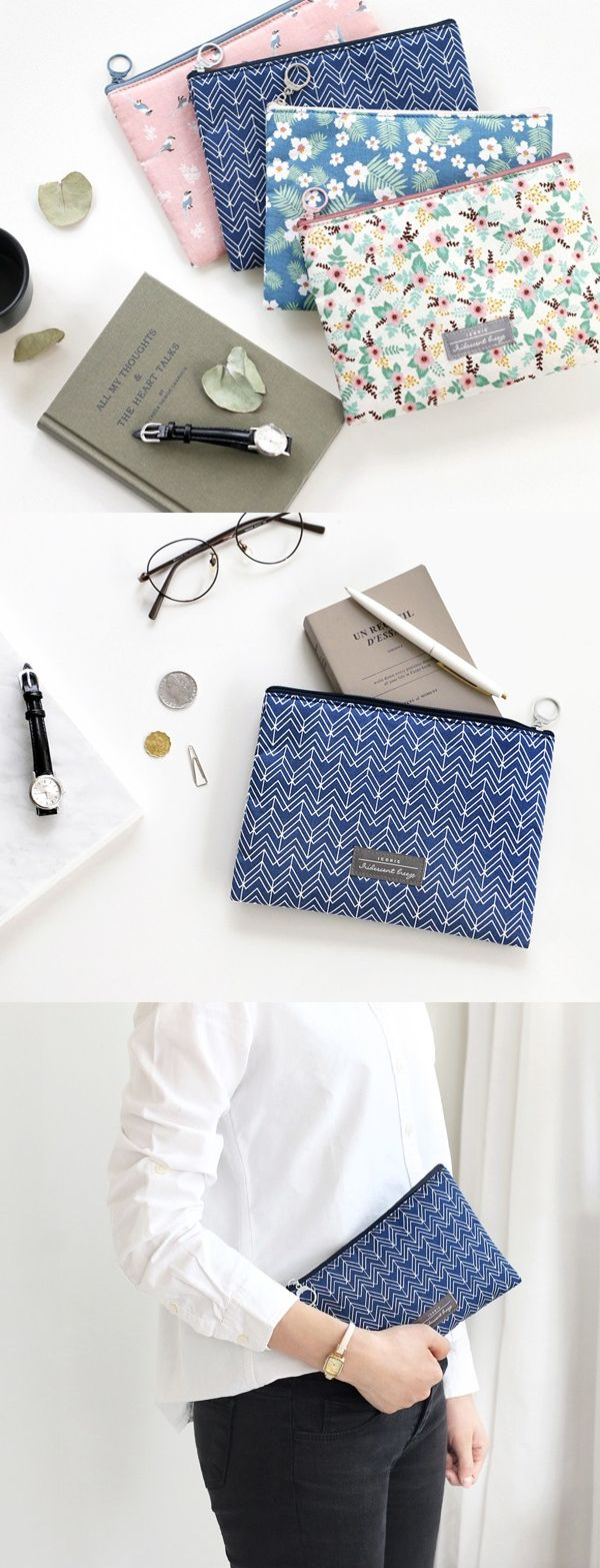 It's easy to stay on top of your daily life when you have all of your essentials in one spot! Especially this lovely pouch~ Use it to carry your money, planner, pens, keys, & more!
