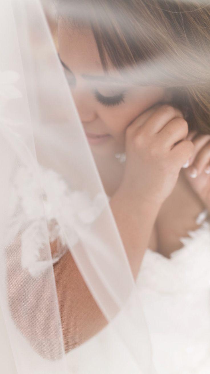 Our stunning bride, arabian wedding santorini, veil, make up, planner, the diamond rock