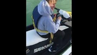 Selena Gomez Latest News Justin Bieber On A Jetski In Miami, Florida 2017 Selena Gomez Latest News Justin Bieber On A Jetski In Miami, Florida 2017  2/1/17 Instagram – Praywithselena Snapchat – Maria_halligan Twitter  – Bieberplumbum  Subscribe & More Videos:...
