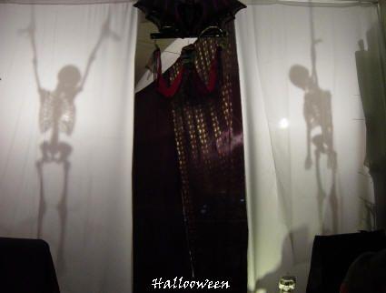 Silhouette de pendus halloween maison maisons hant es for Decoration maison hantee