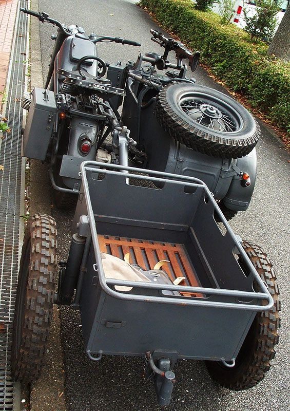 ZUNDAPP KS750〔獨戦中軍用サイドカー/2軸ドライブ/3人乗り車検取得済〕                                                                                                                                                                                 もっと見る