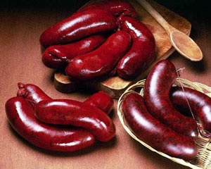 Il marzapane, blood sausage of Novara. Actually, marzapane normally means a marzipan.