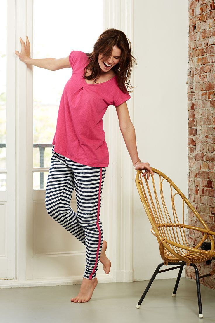 Rebelle Mix & Match melee dark blue/light grey stripey long pants matched perfectly with a hotpink top