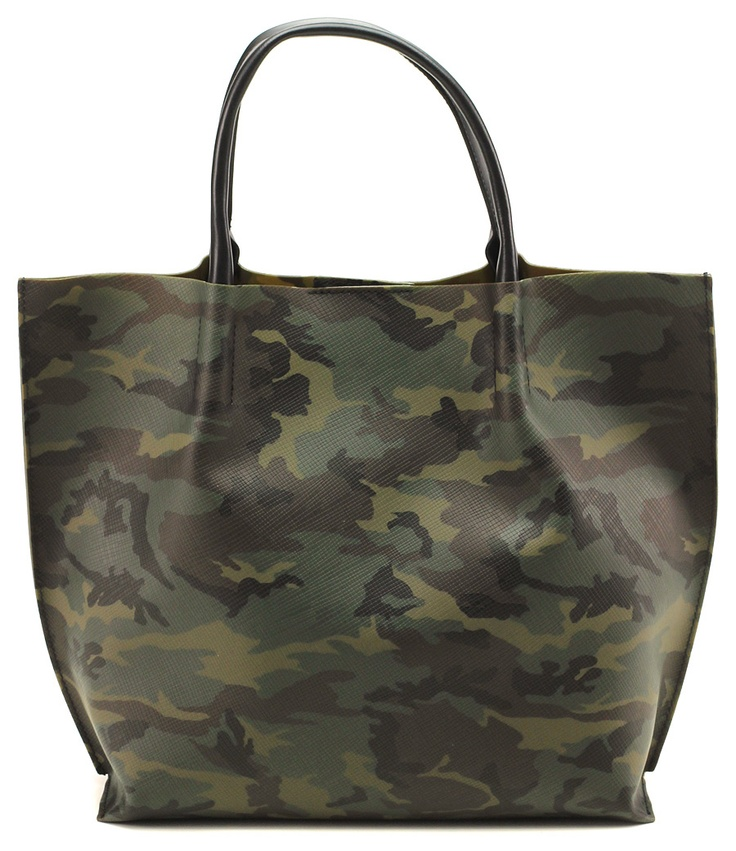Borsa camouflage in gomma con chiusura superiore a bottone. Colori in stile mimetico e militare di tendenza. Misure 33x31. COLOR: MILITARE\NERO DEPARTMENT: Accessories DESIGNER: GIANNI CHIARINI - Le Follie Shop