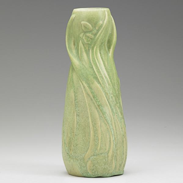VAN BRIGGLE Early vase with daffodils, matte green glaze, Colorado Springs, 1902 AA/VAN BRIGGLE/1902/III