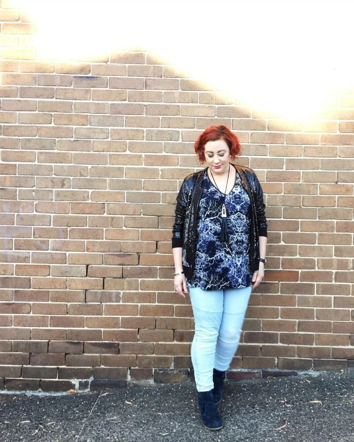 wearing daytime sparkle - Harlow sequin bomber, summer Diva hi lo top, necklace with Katies jeans and Hush Puppies boots http://www.kimbalikes.com/wearing-daytime-sparkle/