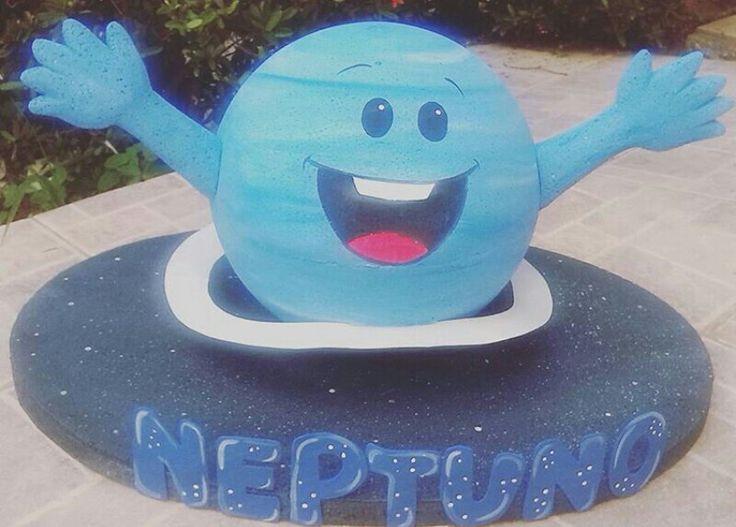Maqueta escolar 3D de Neptuno en anime