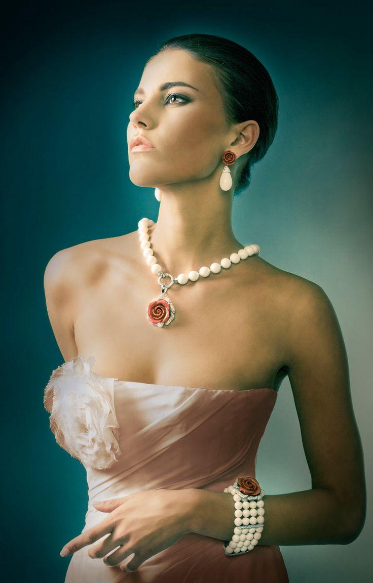 Conjunto de perlas cultivadas SHELL con fragmentos de coral, como conjunto o por separado
