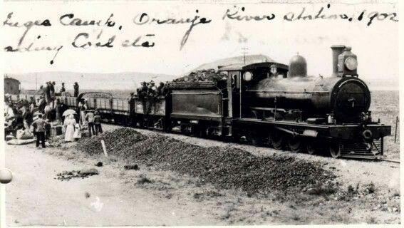 Dis seker hoekom my ouma nie lief was vir trein ry nie.  Sy het seker onthou hoe hulle konsentrasie-kamp toe is.gedurende die Anglo-Boere Oorlog  In oop trokke. Ongeag die weer of afstand..
