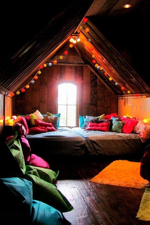 kényelmes hálószoba a padláson