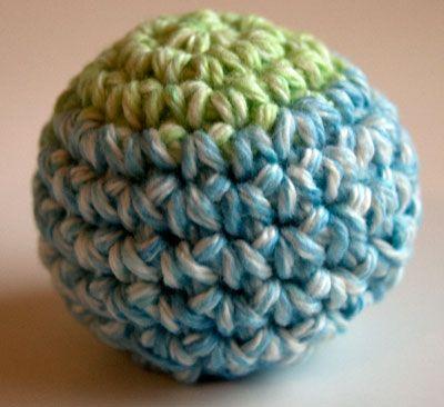 Amigurumi Sphere Tutorial : 5 basic crochet shapes Perfect Crochet Sphere - 10 row ...