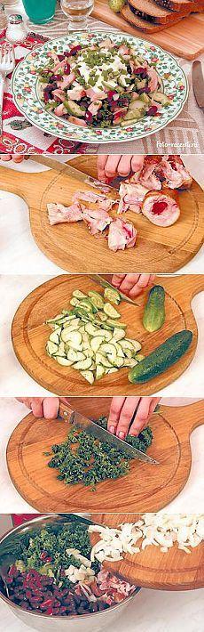 Салат из копченой курицы с фасолью и свежим огурцом ...