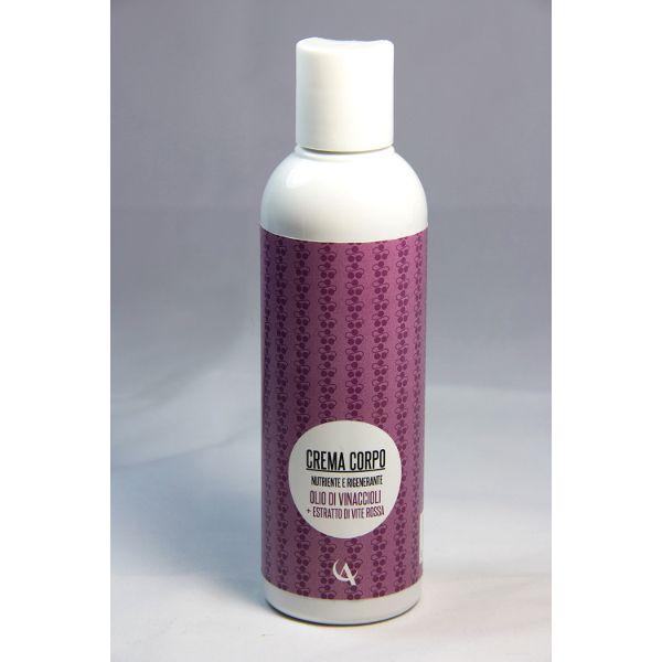 Crema fluida per il corpo, caratterizzata da un tocco leggero ma dall'attività emolliente efficace. Indicato per diversi tipi di pelle. La profumazione è fresca e realizzata grazie alla presenza di oli essenziali di lime e menta piperita.