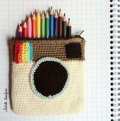 Crocheted Instagram Camera Pencil Case via lastejeymaneje Awesome right?