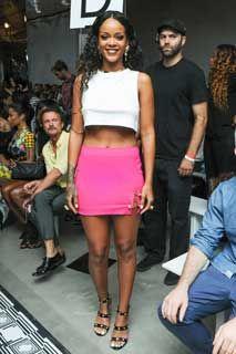 Rihanna, Nicki Minaj, Jennifer Hudson au défilé Versus. #versace #defilé #mode #fashion #star #célébrité #chanteuse  http://fashions-addict.com/Rihanna-Nicki-Minaj-Jennifer-Hudson-au-defile-Versus_408___14880.html