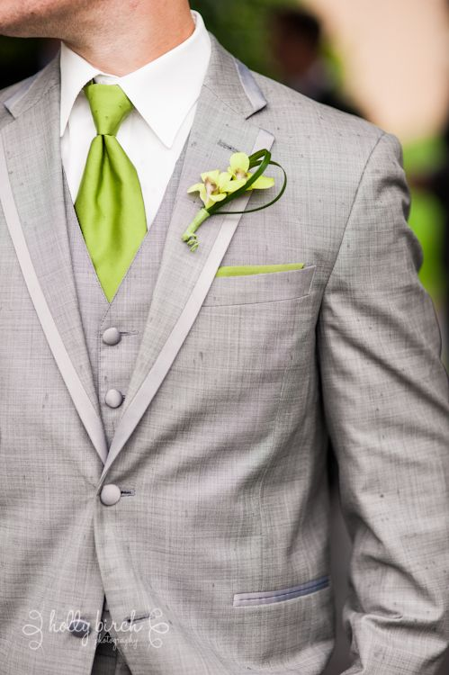 If Justin wears his class A uniform, forest green, what will we do for the groomsmen?