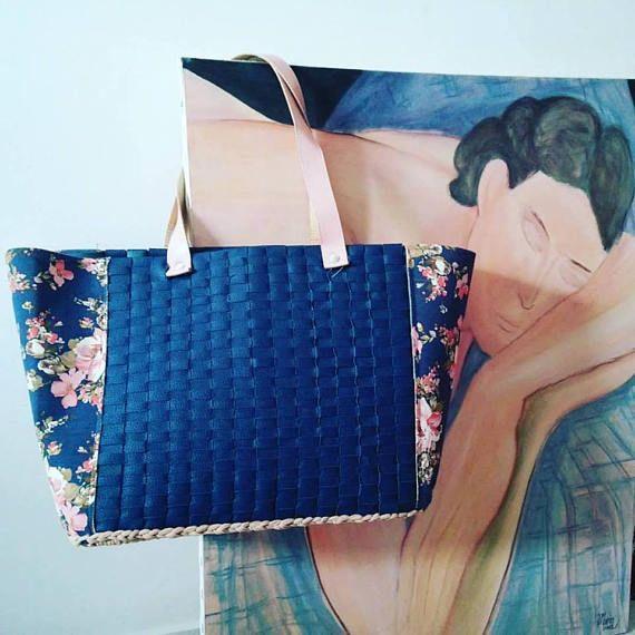 Elegant and casual bag Big crochet shopping bag Fake snake