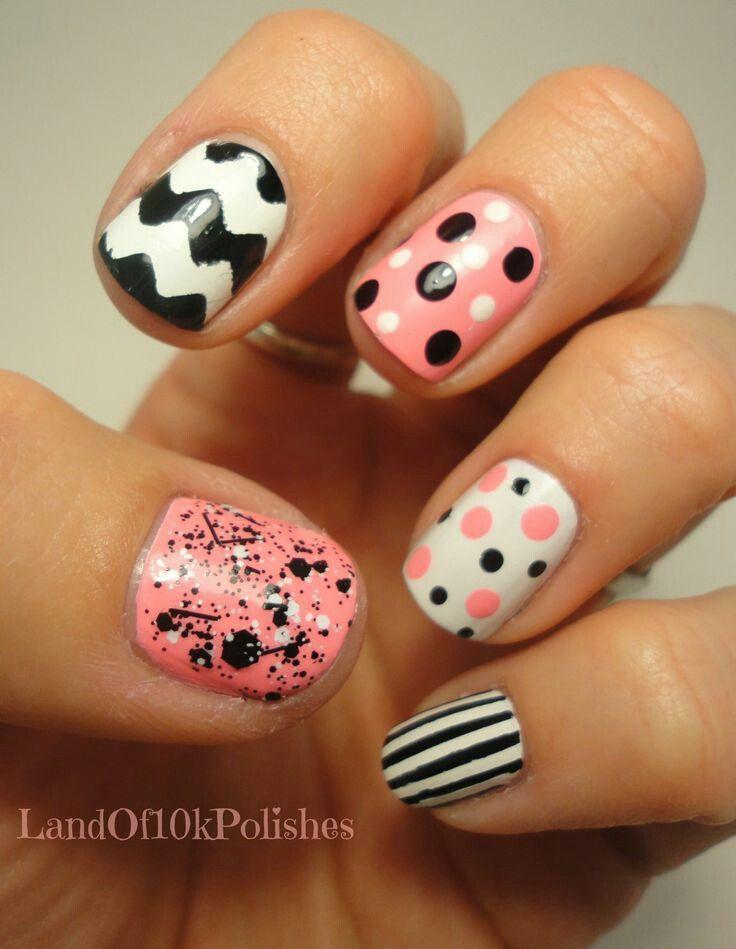 Hermoso maquillaje de uñas