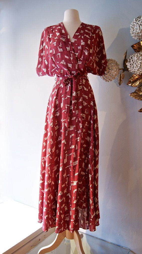 Vintage 1940s Rayon Novelty Print Dress With by xtabayvintage, $248.00