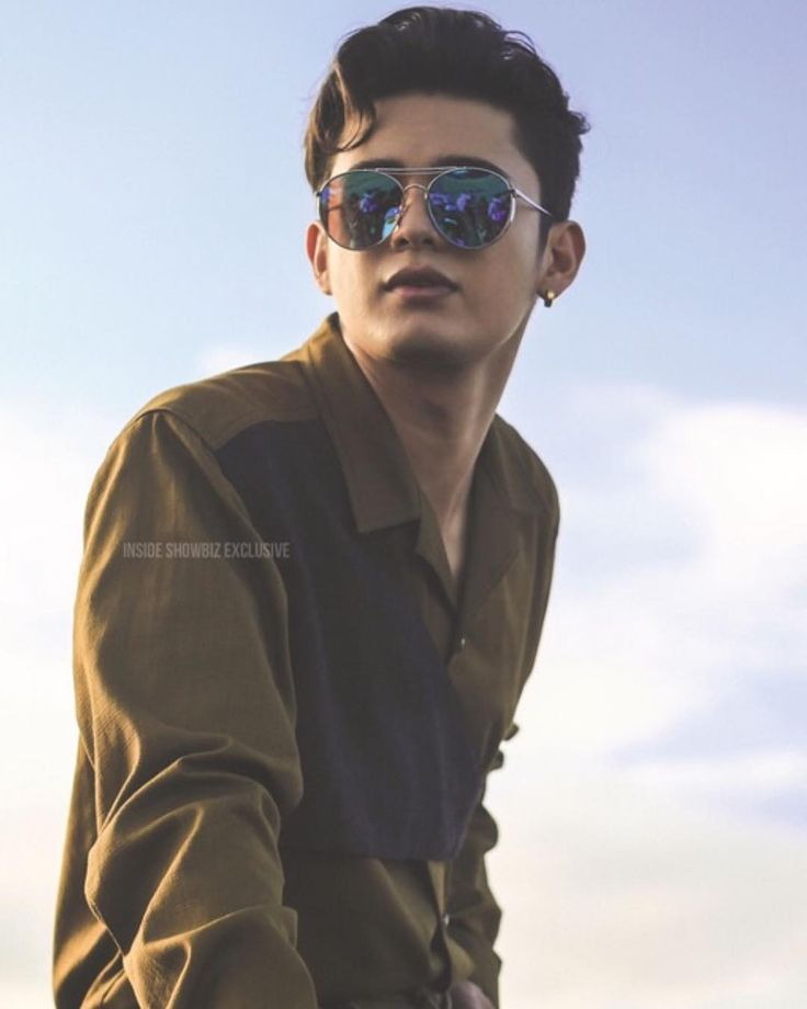 "583 Likes, 1 Comments - eniidaj (@elites.eniidaj) on Instagram: ""THE MULTIMEDIA STAR James Reid for MEGA MAN #JamesReid #JaDine insideshowbiz"""