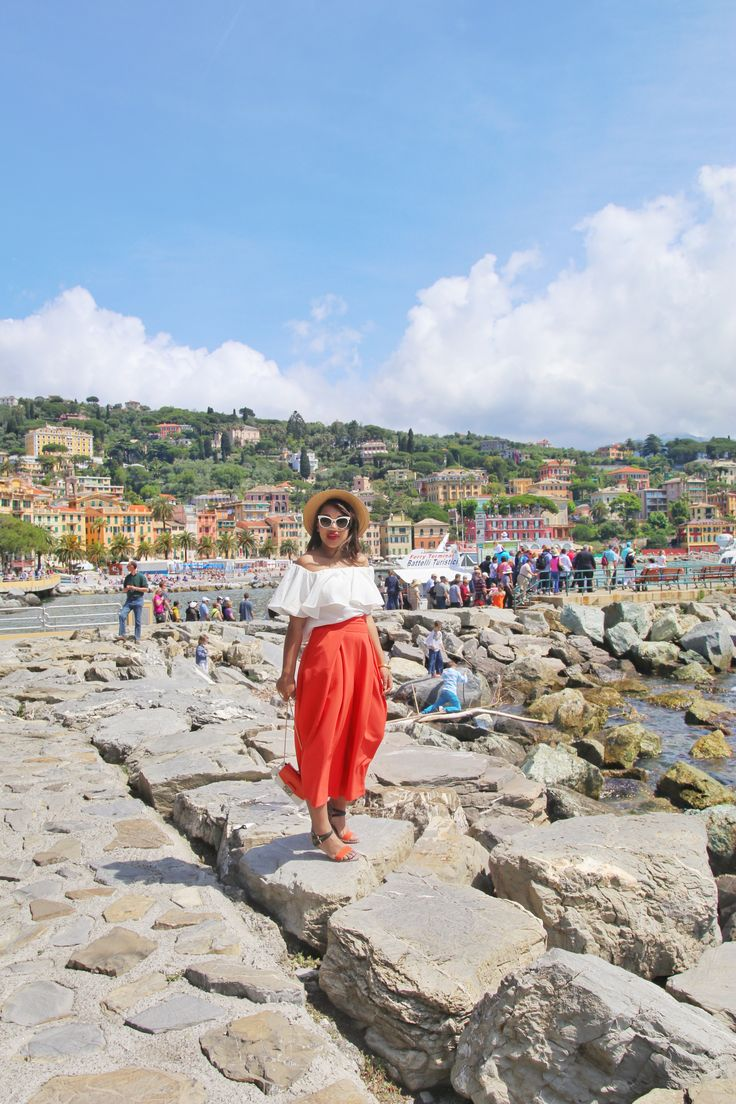 Roam Italy in a look that says globetrotter with Color Me Courtney's unique look. Her Mediterranean cruise inspired bold outfit choices with some chic results!