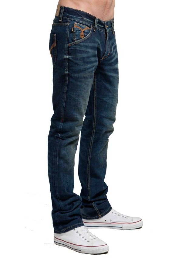 Lennon Skinny Jean, Slim Skinny fit jeans is every guy's every day essential – A perfect fit that is loose enough around the thigh and skinny enough to be called a Skinny. - Fabric – 99% cotton / 1% S