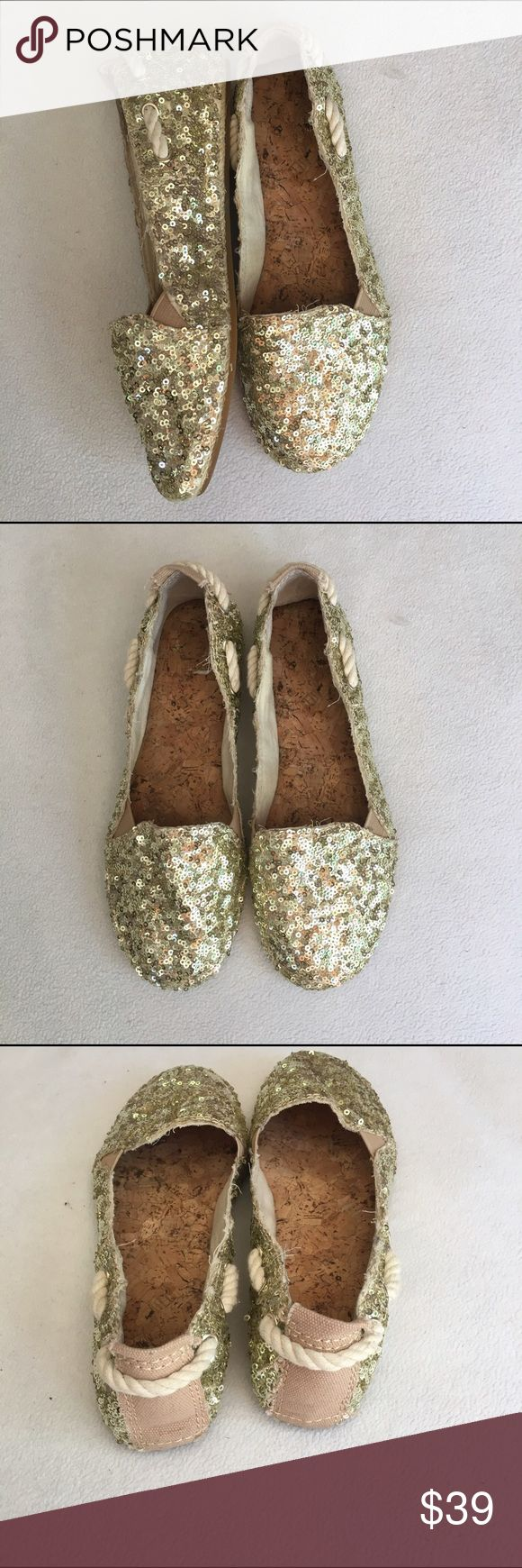 Little Gold Espadrilles size 6 Gianni Bini Gianni Bini size 6. Literally worn once, little to no signs of wear. Gold, shimmery shoes with rope detail. ⭐️open to all offers!⭐️ Gianni Bini Shoes Flats & Loafers